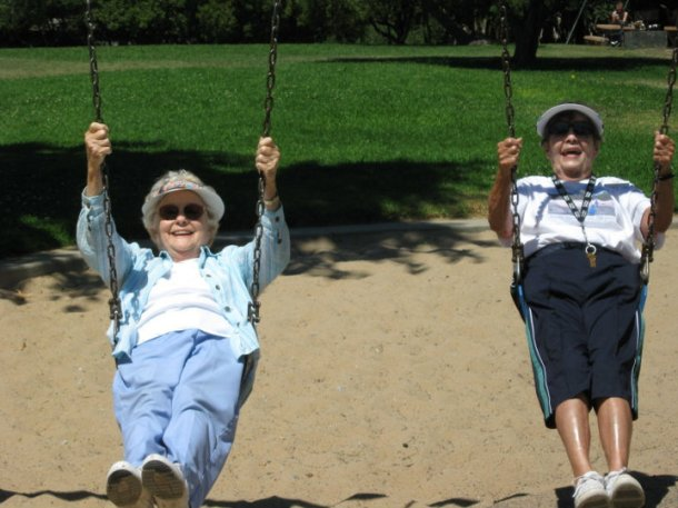 Resident of an Assisted Living community in California enjoy a Day at the Park.