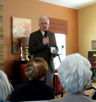 Congressman Tom McClintock speaks with a room of residents who are interested in actively shaping the future of their country.